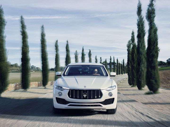 https://www.rideinindia.com/wp-content/uploads/2017/07/Maserati-Levante-2.jpg