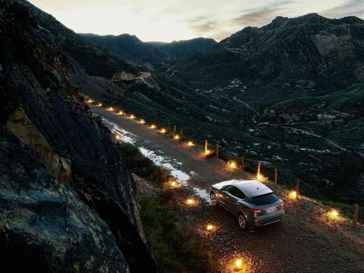 https://www.rideinindia.com/wp-content/uploads/2017/07/Maserati-Levante-4.jpg